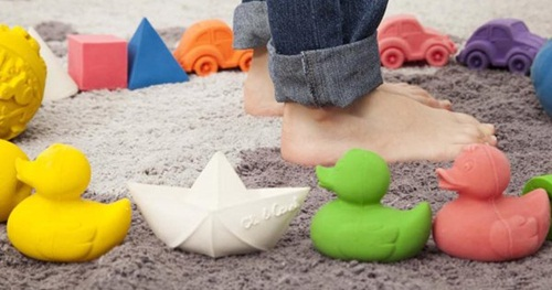 Beautiful bath toys that won't go mouldy by Oli&Carol