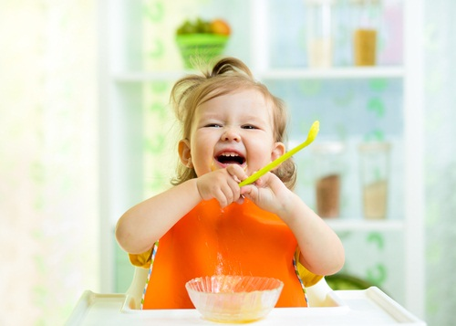 4 Tricks to Transform Mealtimes with Tots