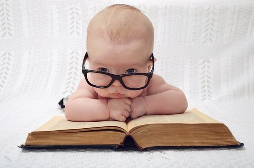 22 Literary Baby Names for Bookworm Parents